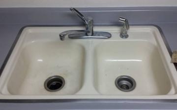 Porcelain Sinks, Tub, And, Tile, REFINISH Job_1