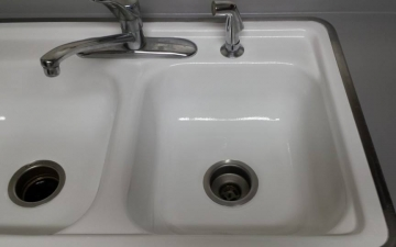Porcelain Sinks, Tub, and, Tile, REFINISH job_10