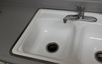 Porcelain Sinks, Tub, and, Tile, REFINISH job_2